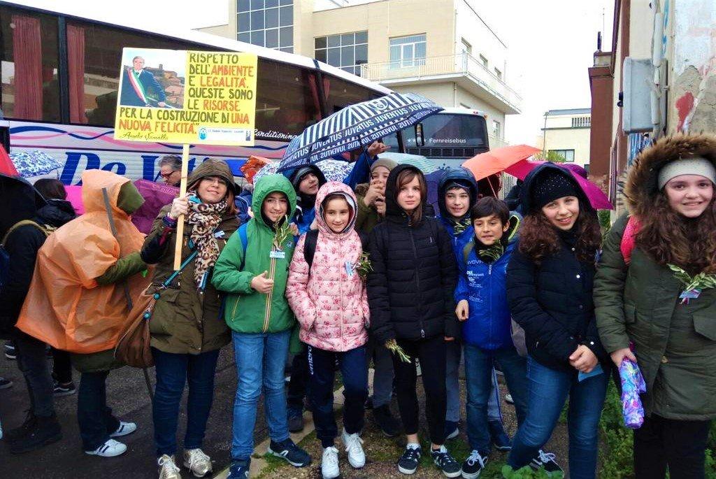 Foggia: L'arrivo in Capitanata degli alunni dell'istituto comprensivo Caporizzi Lucarelli - Acquaviva delle fonti - BA -