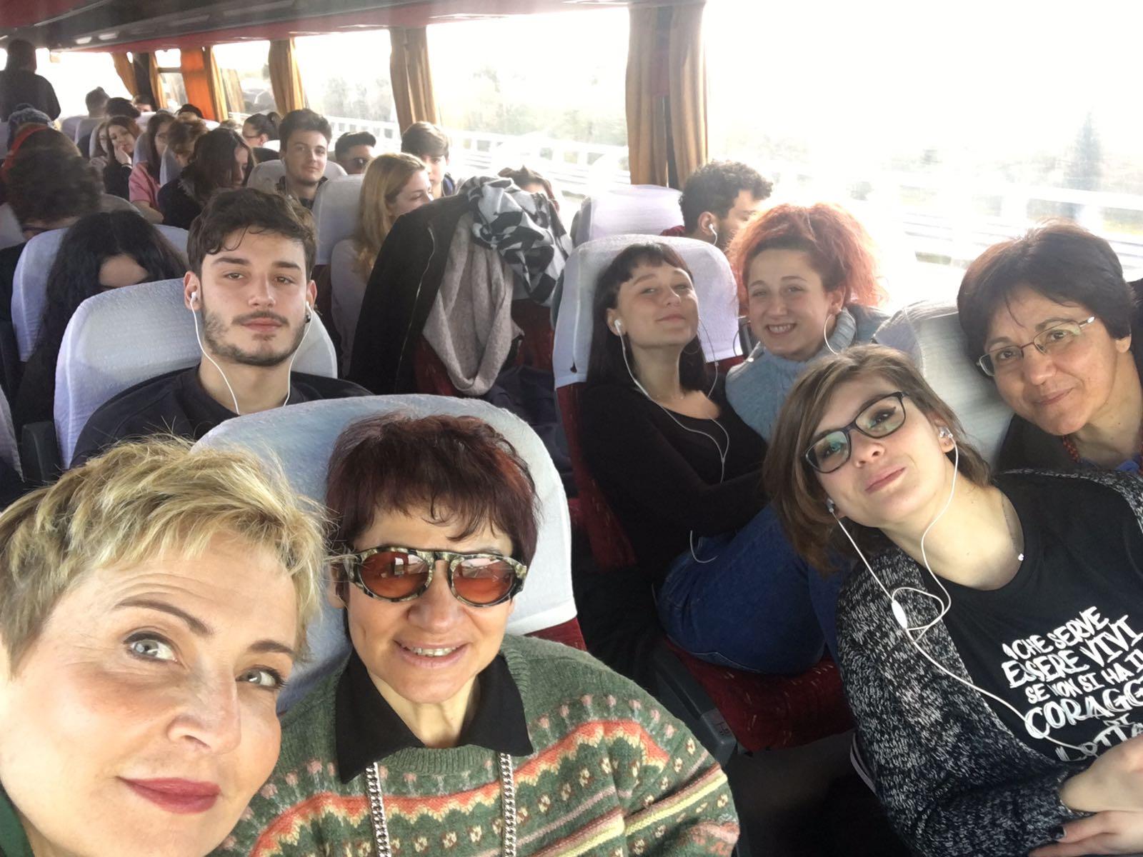 Foggia: Docenti e studenti dell'IISS Romanazzi di Bari in viaggio verso la Capitanata